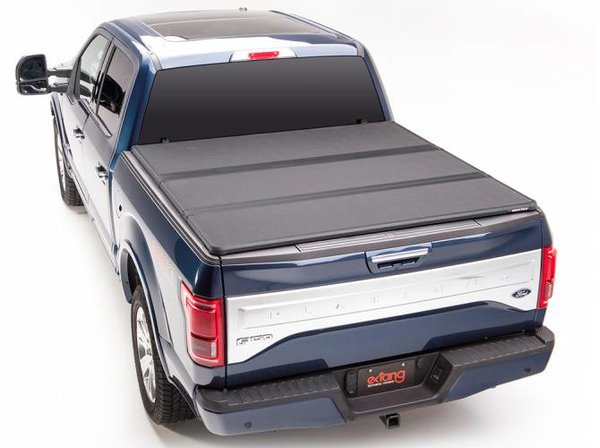"""Extang Solid Fold 2.0 Tonneau Cover, 2008-2016 Ford Superduty 6'9"""" Bed"""
