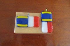 Double Flag Pendant Necklace