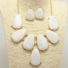 Bauble White Necklace Set
