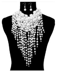 Cluster White Teardrop Pearl Necklace Set