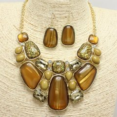Enamel Brown Necklace Set