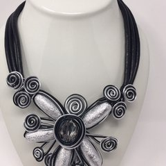 Large Flower Metal Necklace-Silver
