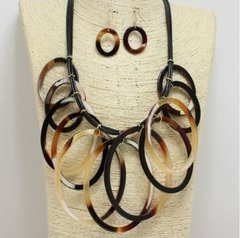 Natural Acrylic Necklace Set