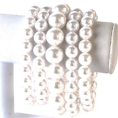 Stretch Pearl Bracelet-White