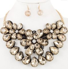 Statement Flower Stone Necklace Set-Topaz