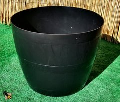 Barrel Planter Plant Pot Black Plastic Indoor Outdoor Tub Planter