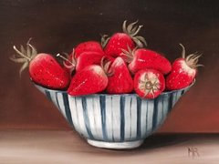 MIMI ROBERTS : STRAWBERRIES IN A BOWL