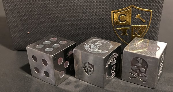 Invincible Tool Steel Dice - Traditional Pips