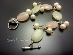 Rose Quartz and White Agate Bracelet