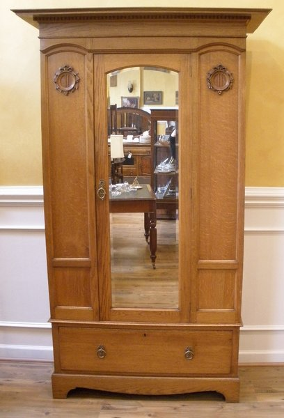 antique wardrobe armoire english oak victorian mirrored streets of london antiques. Black Bedroom Furniture Sets. Home Design Ideas