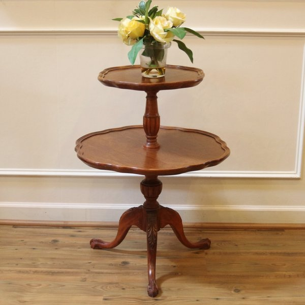 Vintage Mersman Mahogany 2 Tier Pie Crust Edge End Table