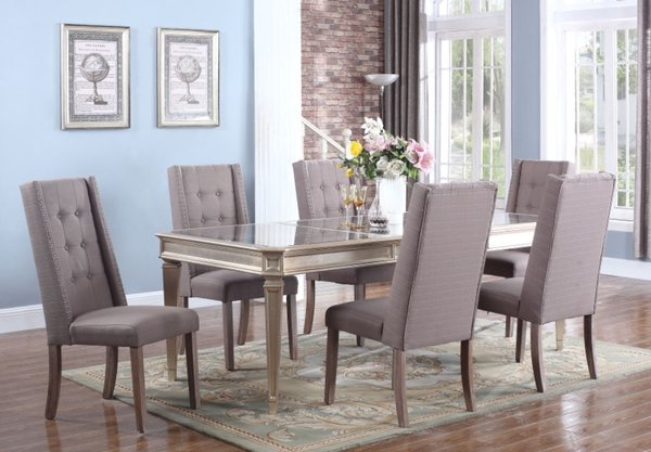Liven up your dining room with this gorgeous 5 pcs set Coated in