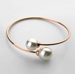 Twisted Pearl Bracelet adjustable size rose gold plated