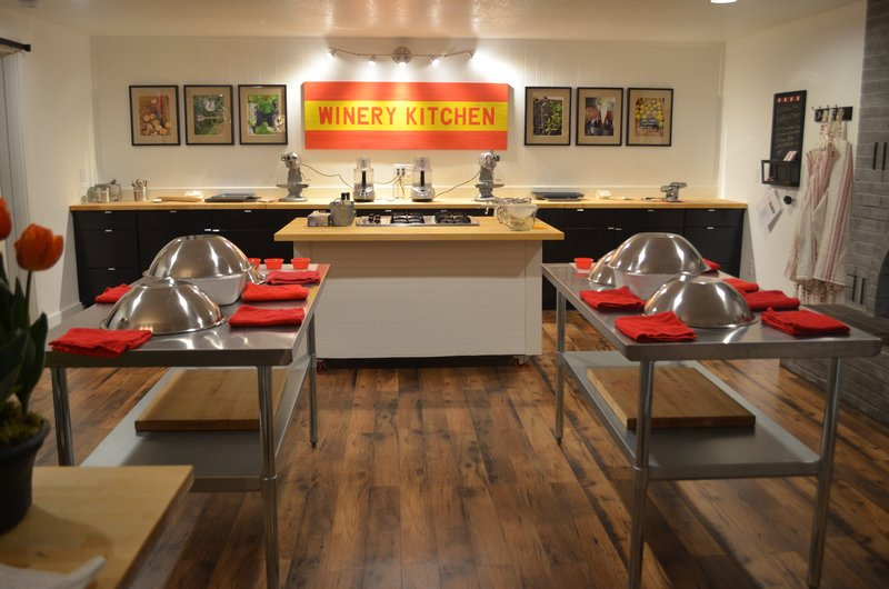 WINERY KITCHEN COOKING SCHOOL WOODINVILLE WINERIES, TASTING ROOM ...