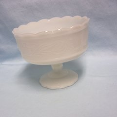 CANDY DISH: Vintage Mild Glass Pedestal Candy Dish/Fruit Bowl by E. O. Brody