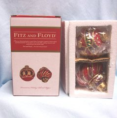 """COLLECTIBLE SHAKERS: Fitz & Floyd Salt and Pepper Shakers """"Renaissance Holiday"""""""