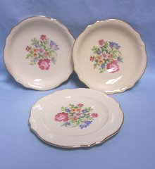 BOWLS & PLATE: Vintage Cunningham & Pickett 2 Bowls + 1 Bread & Butter Plate Petipoint 1950s