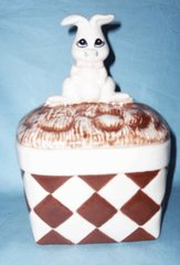 COOKIE JAR /CANDY DISH Cute Collectible Ceramic Rabbit on Basket