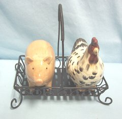 SALT & PEPPER SHAKERS: Cute Barnyard (Rooster & Pig) Shakers with Holder