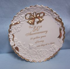 COLLECTIBLE PLATE: 50th Wedding Anniversary Plate Gold Trim by Enesco Year 2000