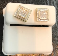 10kt solid .18ct screw back diamond earring