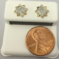 10K Yellow Gold Square Pattern Round White Diamond VS1 Earrings