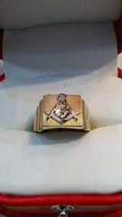 10 K men mason solid yellow Gold ring