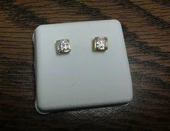 10k Solid Yellow gold diamond earring 117924