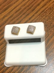 10KT Yellow Gold 0.18 CT Diamond Earring