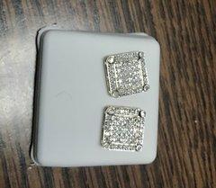 10k Solid Yellow Gold diamond earring 111231