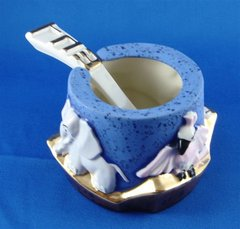 Honey Dish Noah's Ark Design With Spoon, Ceramic  Size: 3 In Diam X 2.25 In Ht