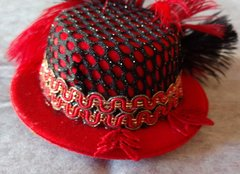 Red Mini Top Hat Facinator