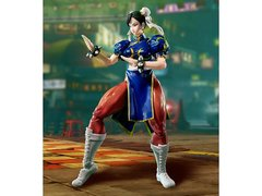 "S.H. Figuarts Street Fighter V - Chun Li ""In Stock"""