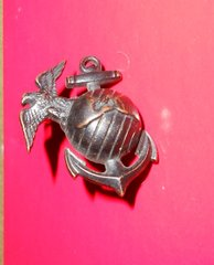 USMC Globe and Anchor insignia from 1930's