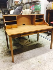 pine desk with hutch