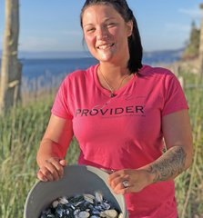 PROVIDER™ Fishing Logo T shirt, NEW! Women's Loose Crewneck, Hot Pink