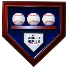 2016 World Series Champion Chicago Cubs 3 Baseballs Display Case