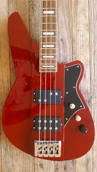 like new reverend thundergun bass guitar rarely played eric wallace guitars. Black Bedroom Furniture Sets. Home Design Ideas