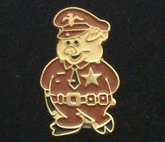 Police Pig in Brown Uniform Hat Pin #GE02030BR