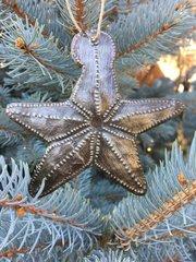 Hammered Metal Star Ornament