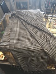 Black and Tan Houndstooth Shawl
