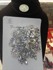 Rhinestone Brooch Pin #2792