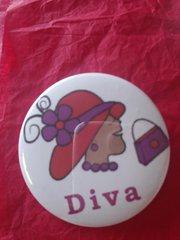 Diva Button 4   #2600