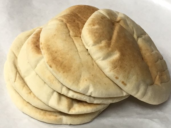 Univesral Bakery Extra Thick Pitas 6 Pack
