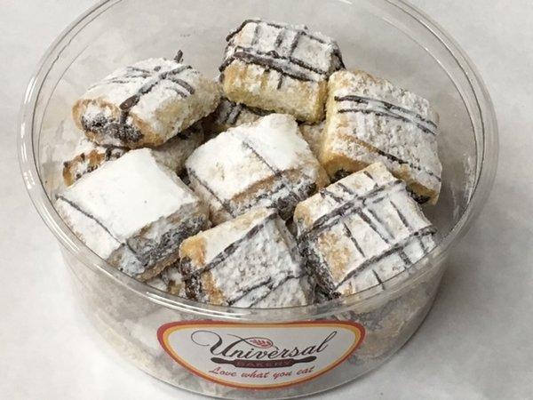 Universal Bakery Chocolate Rolls