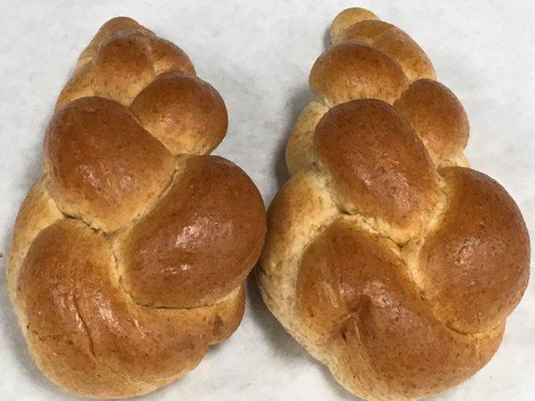 Unique Bakery Medium Sized Whole Wheat Challahs 2 Pieces