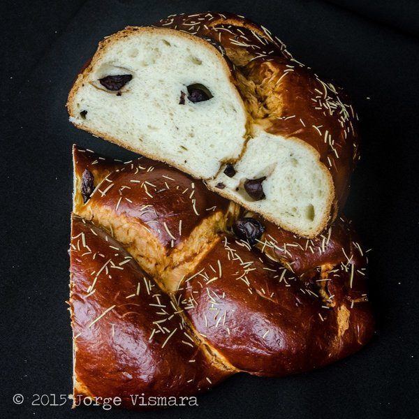 Got Kosher Kalamata Olive & Rose Challah