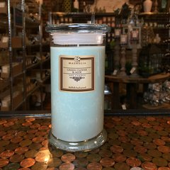 Green Clover & Aloe 18.5oz Soy Candle