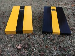 Center stripe cornhole board set