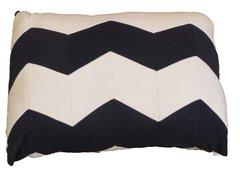 CrateMates Diamond Pillow Pet Bed - Blue White Zig Zag